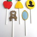 dekorativni stapici na temu snezana i sedam patuljaka, dekoracija decijih rodjendana snezana