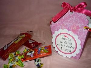 rodjendanska dekoracija, ukrasna kutija, slatkisi, poklon, kutija