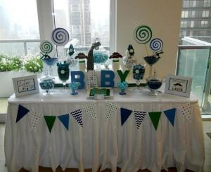 rodjenje bebe, dekoracija, sto sa slatkisima