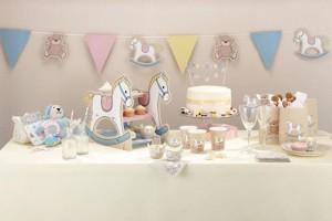 slatki sto konjic, dekoracija stola za prvi rodjendan