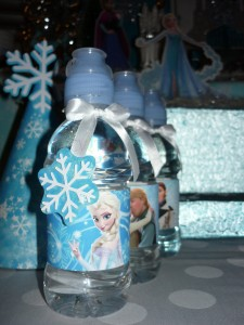 voda, flasirana voda, flasice, rodjendan, dekoracija, flasise frozan