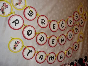 rodjendanski natpisi, baner, dekoracija rodjendana, deciji rodjendani, mini maus, srecan rodjendan