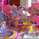 Postolja za kolace Princeza sofija, dekoracija za rodjendanski sto sofia