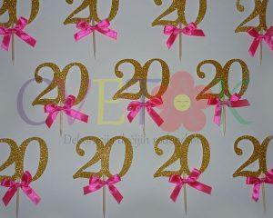 cupcake topper, toperi za kapkejk, zlatni toperi za kolace, dekoracija za dvadeseti rodjendan, zlatni broj za mafine