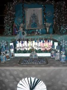 frozen, dekoracija decijih rodjendana, slatki sto, rodjendanski sto, dekorisanje, deca