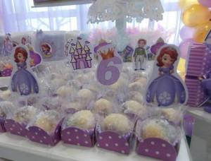 kokos kuglice za rodjendan princeza sofia