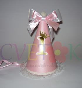kape za prvi rodjendan, kapa sa brojem jedan, slavljenicka kapa, rodjendanska kapa sa zlatnim brojem, kapice za devojcice sa satenskom trakom