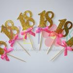 glitter toperi za cupcake, zlatni broj za mafine kao dekoracija slatkog stola