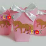 dekoracija jednorog za slatki sto, kutije za kokice jednorog, unicorn kutije kao dekoracija za rodjendan